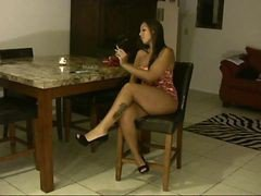 Lexxy - Smoking Hot Latina Mom Has An Encounter With Some Florida Black Snak