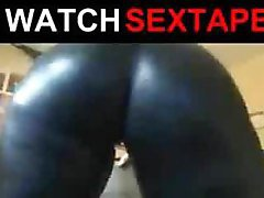 Big White Booty Shacking Close up