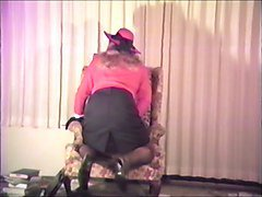 T Gurl Leather Gloves Maturbation--Can't get enough!