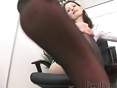 mistress arella black nylon pov