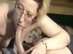 ugly mature shows she can still make cock grow hard with deepthroat skill13
