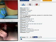 chatroulette : this sexy french teen show me her cute boobs