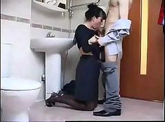 TeenFucks Milf In BAthroom