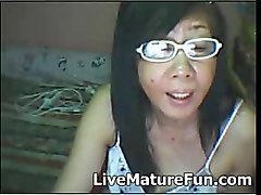 mature filipino from cebu on cam showing pussy and boobs