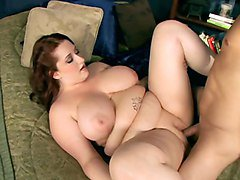 Chubby Woman With Big Boob Gets Fucked