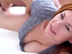 Hottie Mojito masturbating in the bath