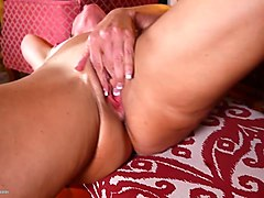 slutty japanese chick fucks her pussy to orgasm with a dild