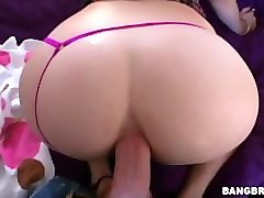 bootylicious milf pov fucked by the pool