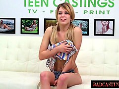 smoking teen fucks herself so well with her vibrator