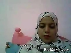 Arab Woman Naked on Webcam - PodCams