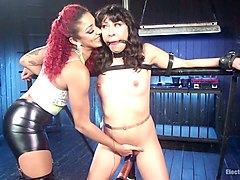 electro mistress punishes hairy pussy of vivi marie