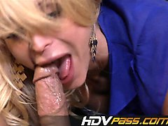 hot blonde babe rides cock for deep cumshot