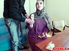 pussyfucked jihab muslim babe mouth creamed